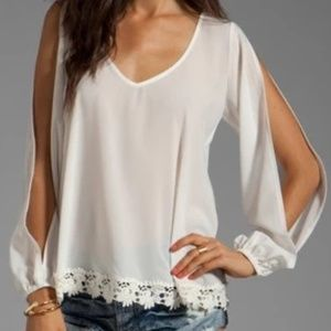 Lovers + Friends daydream slit sleeve lace blouse